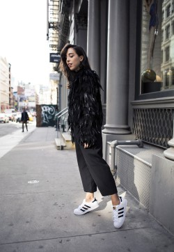 2_sania claus demina outfit feather jacket hunkydory lindex pants adidas superstar sneakers spring new york city soho