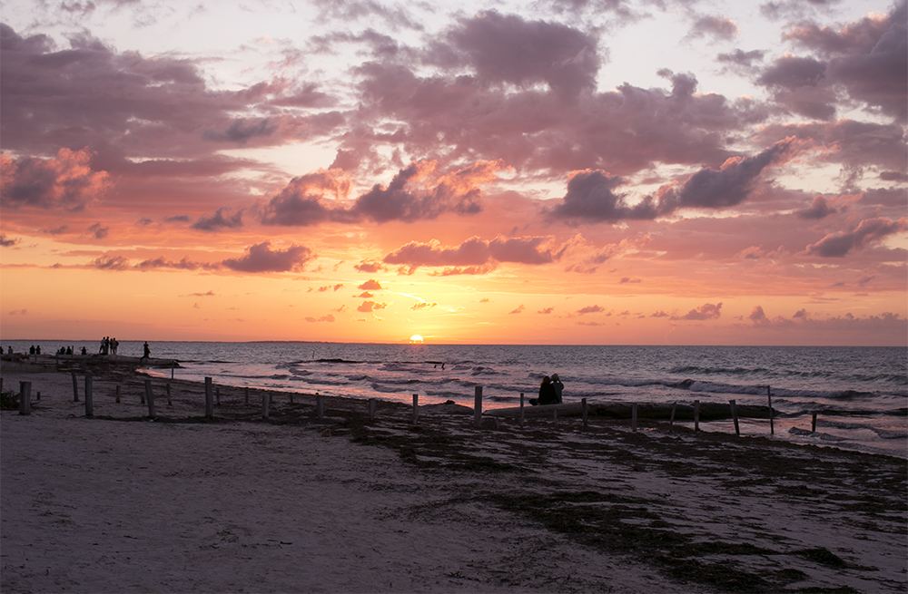 sania claus demina isla de holbox mexico 2015 sunset_1