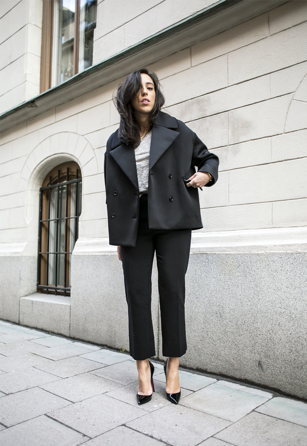 sania claus demina outfit lindex trousers christian louboubtin shoes weekday jacket by malebe birger tshirt_2