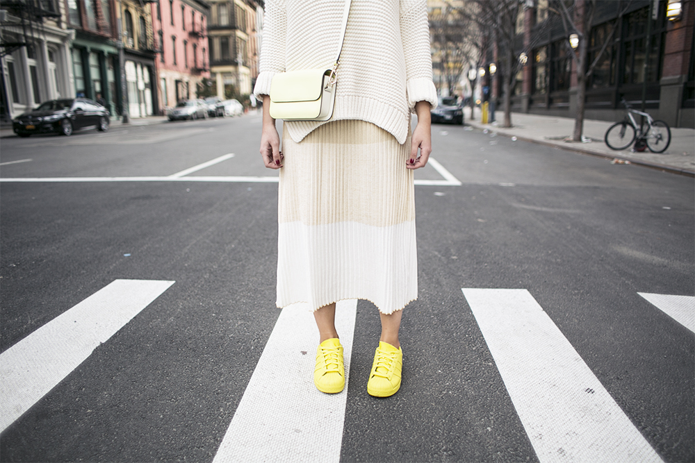 4_sania-claus-demina-new-york-city-2015-yellow-outfit-adidas-pharell-williams-dagmar-dress-gina-tricot-gant_7
