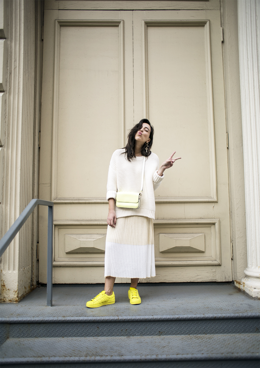 5_sania-claus-demina-new-york-city-2015-yellow-outfit-adidas-pharell-williams-dagmar-dress-gina-tricot-gant_10