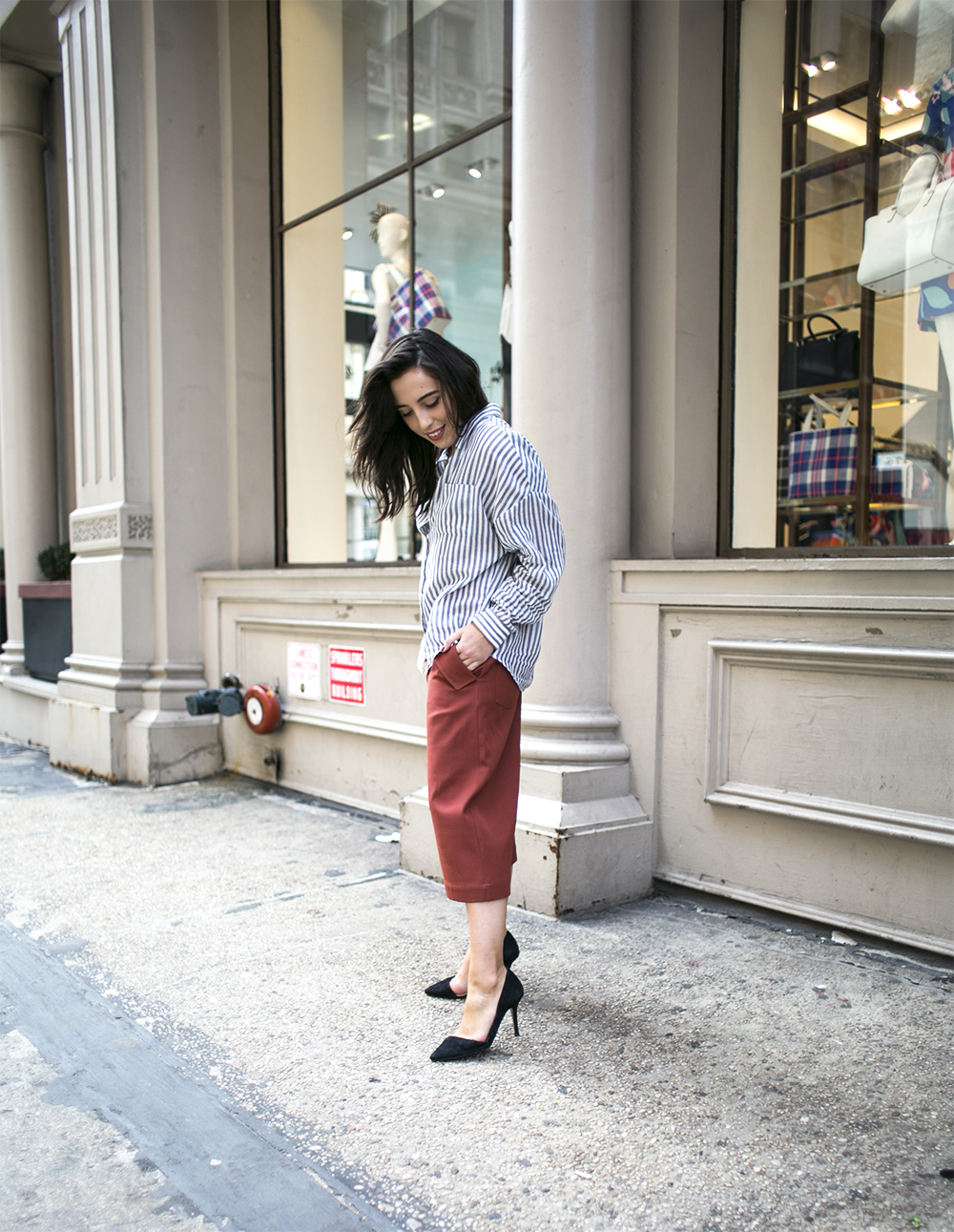 5_sania-claus-demina-outfit-new-york-city-acne-studios-culotte-esprit-shirt-zara-suede-pumps-soho-2015_6