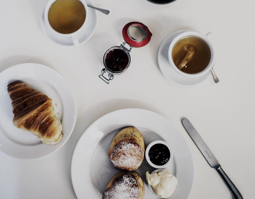 albion shoreditch best scones in london world sania claus demina guidedbystyle_4