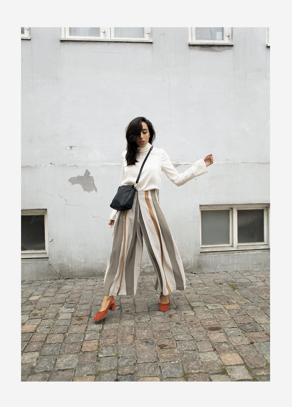 sania claus demina randiga byxor striped trousers pants suede pumps block heel ballerina by malene birger lo and sons bag the pearl_2b