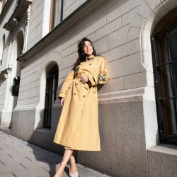 perfect details to elevate a trench coat