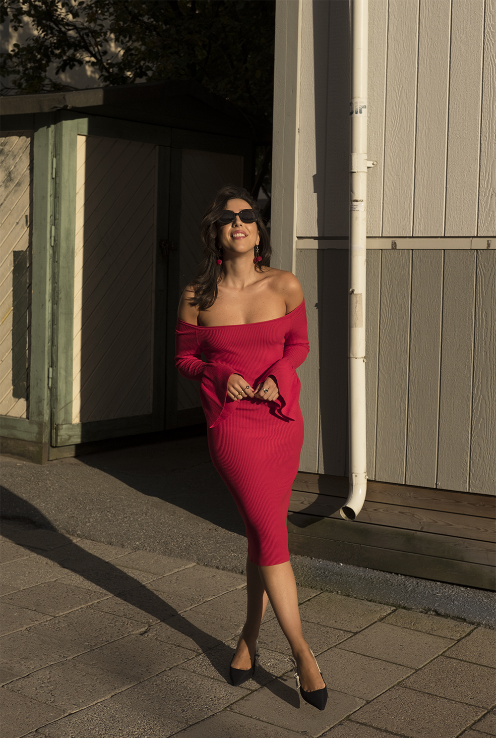 sania claus demina red dress gina tricot off shoulder dior shoes asos sunglasses_1