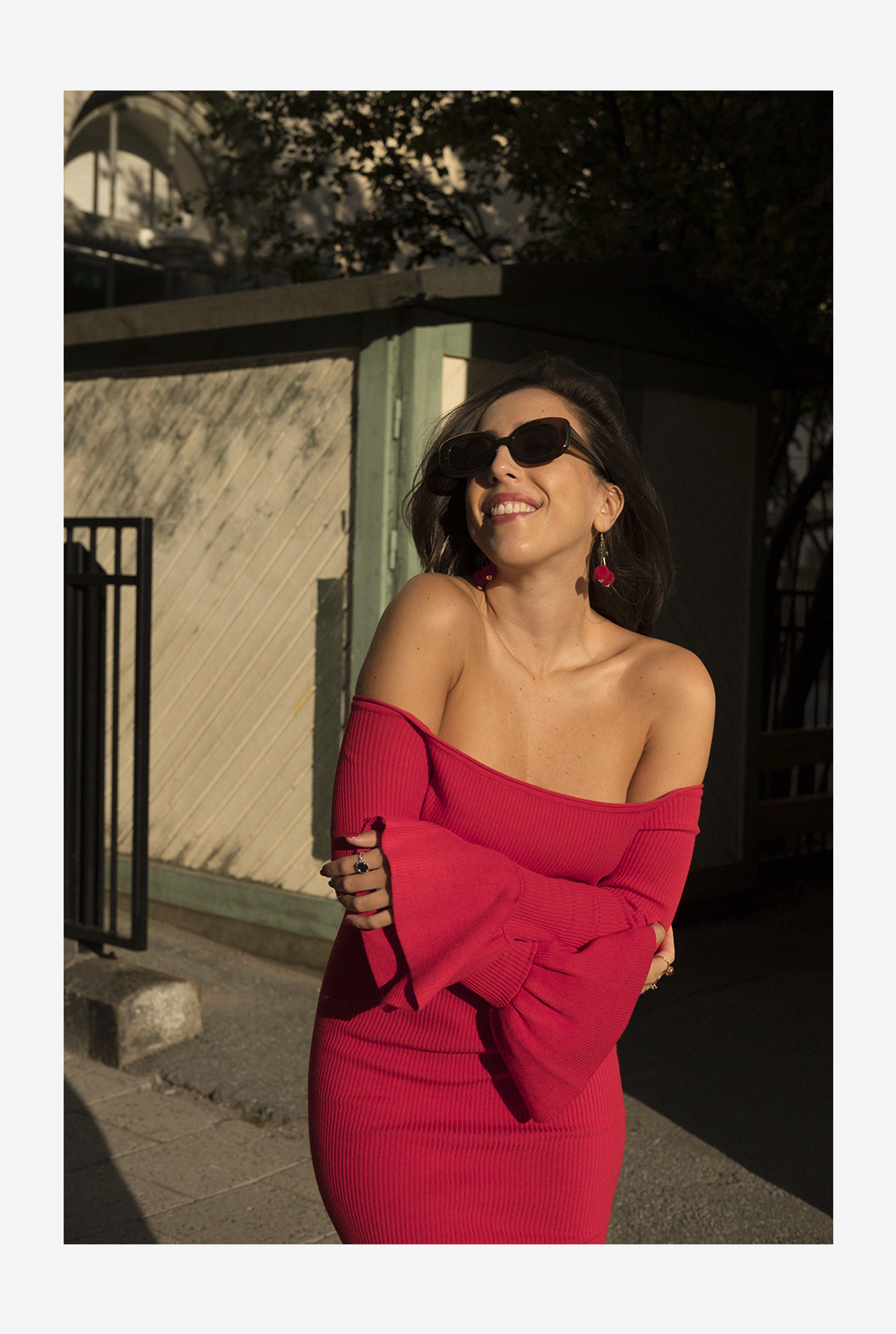 sania claus demina red dress gina tricot off shoulder dior shoes asos sunglasses_4