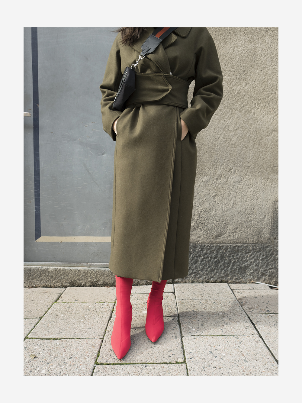 sania claus demina outfit green coat hm fall 2017 red sock boots zara lindex bag_3b
