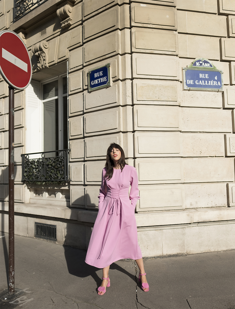 sania claus demina tibi pink dress ss18 stine goya heart shoes sandals suede paris april spring_1