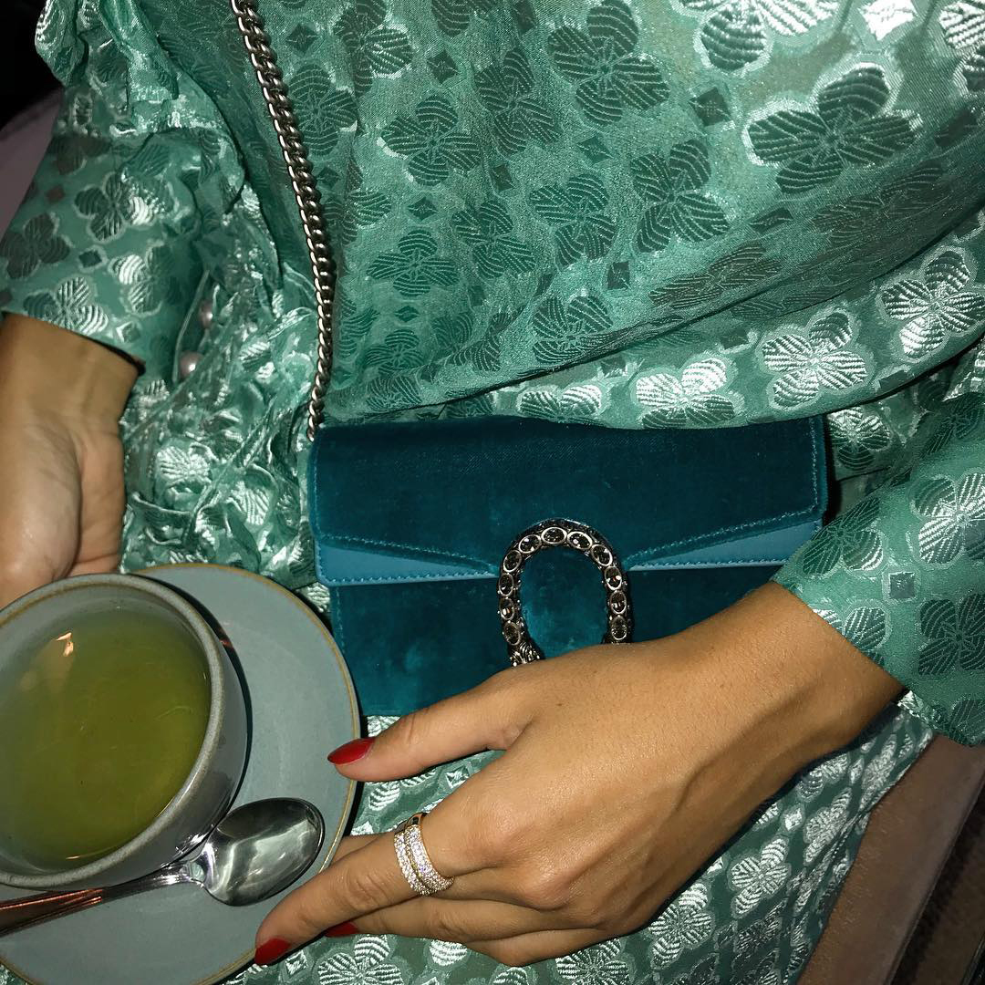 sania claus demina baum und pferdgarten dress gucci velvet turquoise bag new york_1